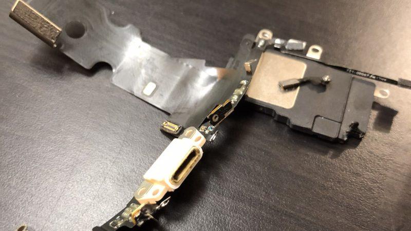 【修理】iphone8の充電口交換を行いました!お困り事なら八尾市の便利屋何でもワークスへ!